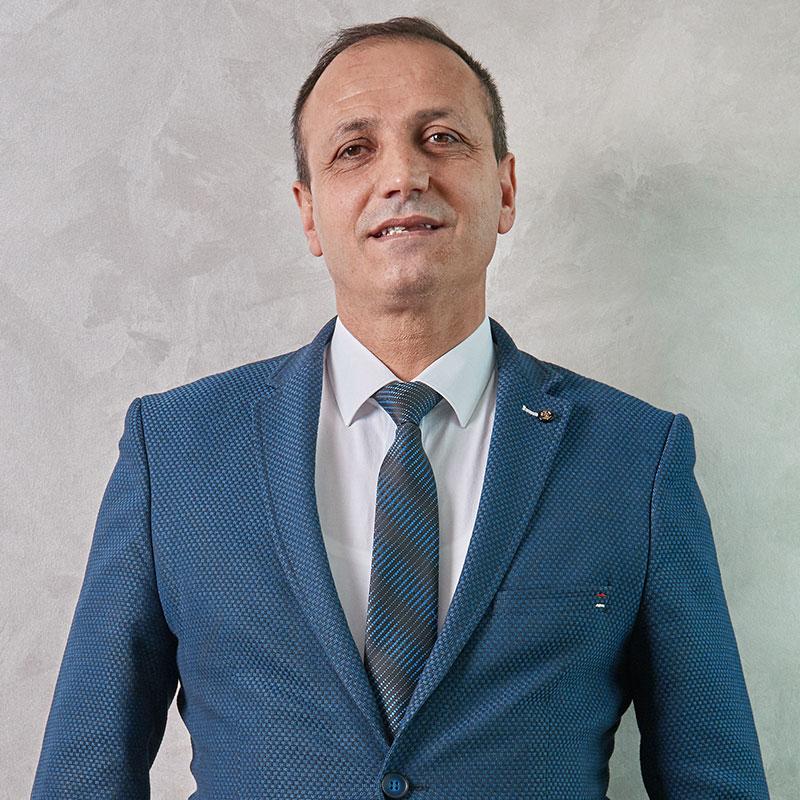 http://ilkemtur.com.tr/wp-content/uploads/2019/08/Nihat-Dağ.jpg